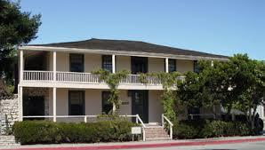 Larkin-House